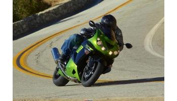 Как поворачивать на мотоцикле: нюансы и рекомендации